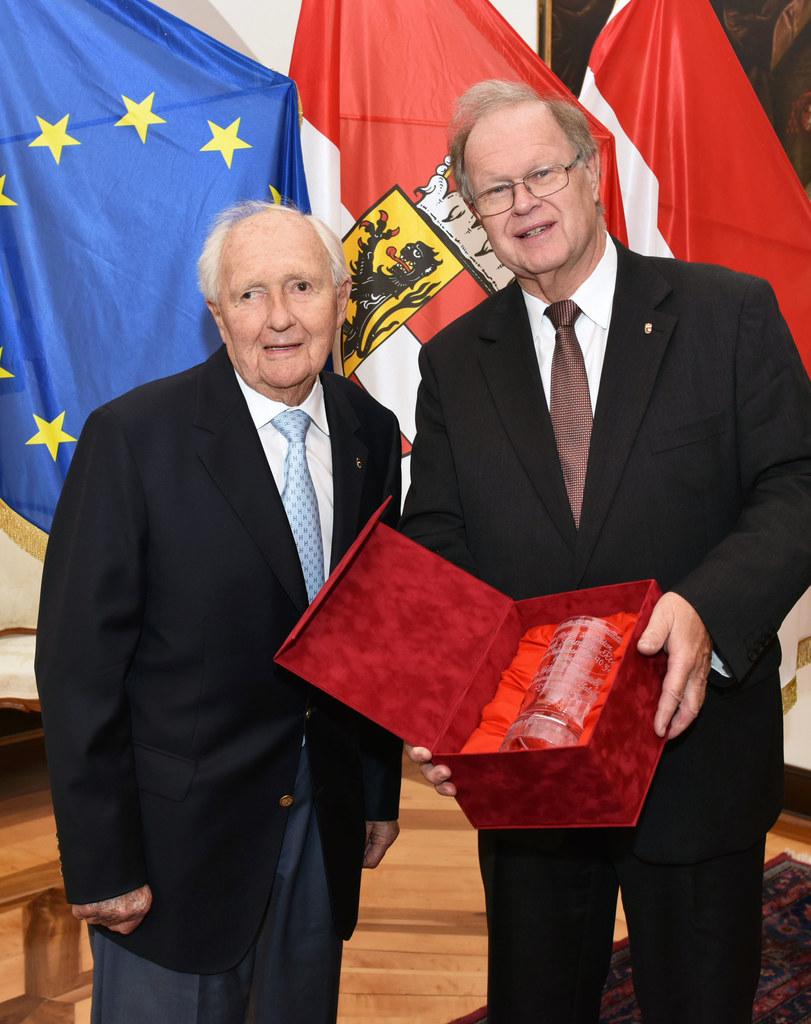 Mag. Hermann Rehrl und Landesamtsdirektor Hofrat Dr. Heinrich Christian Marckhgo..