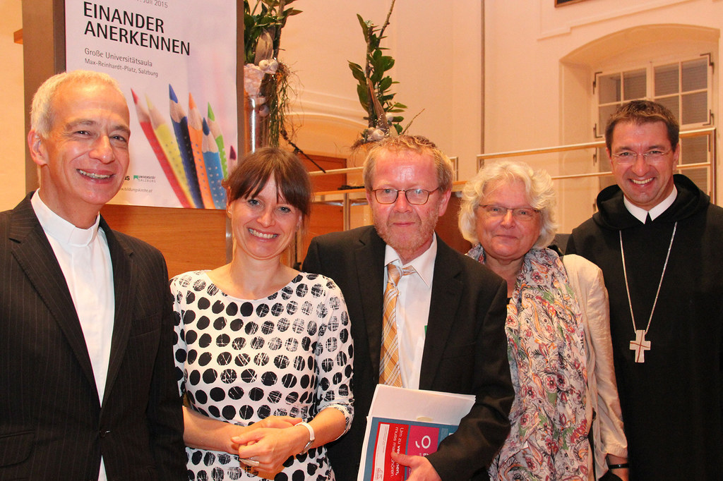 DDr. Michael Landau (Präsident Caritas Österreich), Landesrätin Mag. Martina Ber..