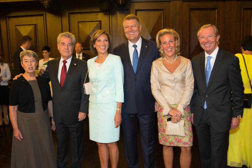 Margit und Dr. Heinz Fischer, Bundespräsident; Carmen und Klaus Iohannis, Präsid..