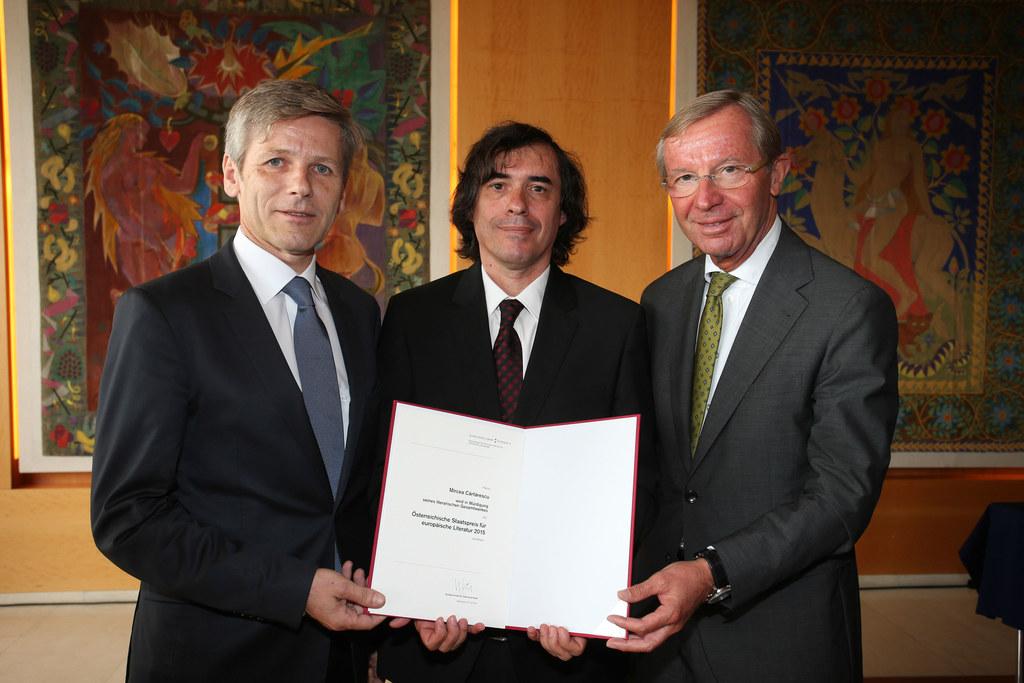 BM Dr. Josef Ostermayer, Mircea Cărtărescu Schriftsteller und LH Dr. Wilfried Ha..