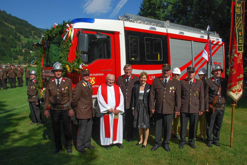 Fahrzeugweihe der Freiwilligen Feuerwehr Dorfgastein mit Landtagspräsidentin Dr...