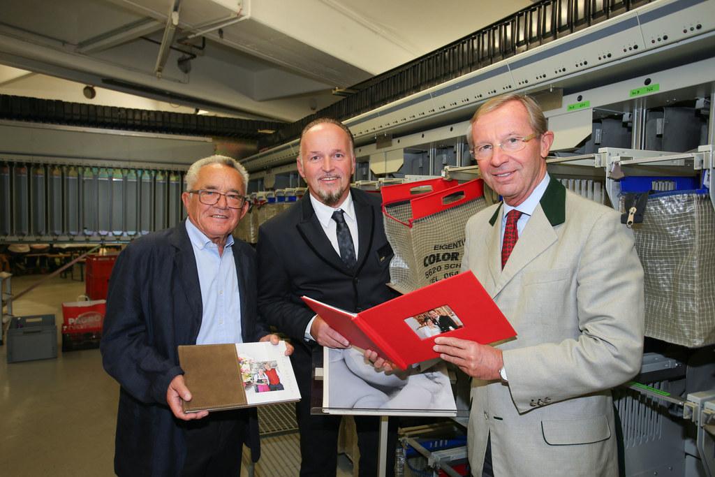 Heinz Drack ehemaliger Geschäftsinhaber, GL Produktionsleiter Gerhard Schiechl u..