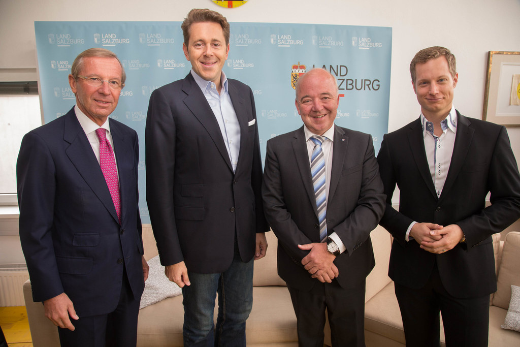 Landeshauptmann Wilfried Haslauer (links) und Thomas Weiß (Geschäftsführer Authe..