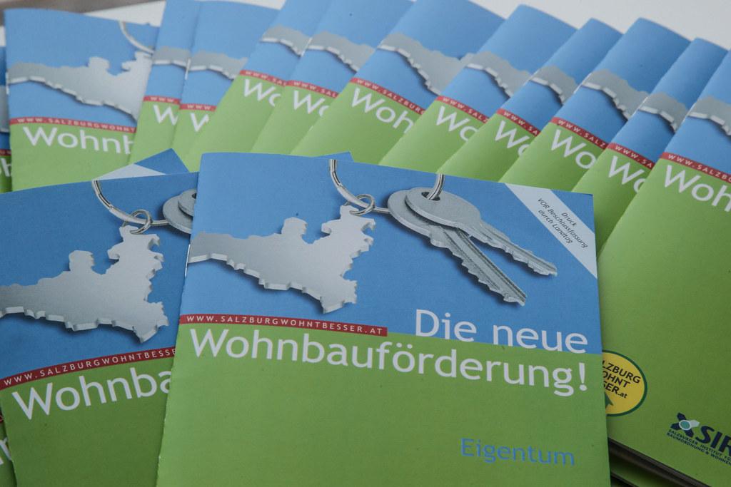 Mit der Wohnbauförderung unterstützt das Land Salzburg die Errichtung von eigene..