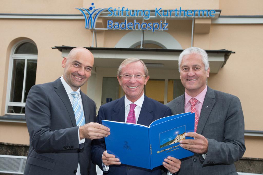Norbert Ellmauer, Landeshauptmann Dr. Wilfried Haslauer und Bgm. Gerhard Steinba..
