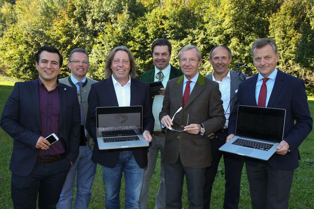 Zukunftsakademie Salzburg, FH Salzburg in Urstein, im Bild v. li: Mario Jooss Le..