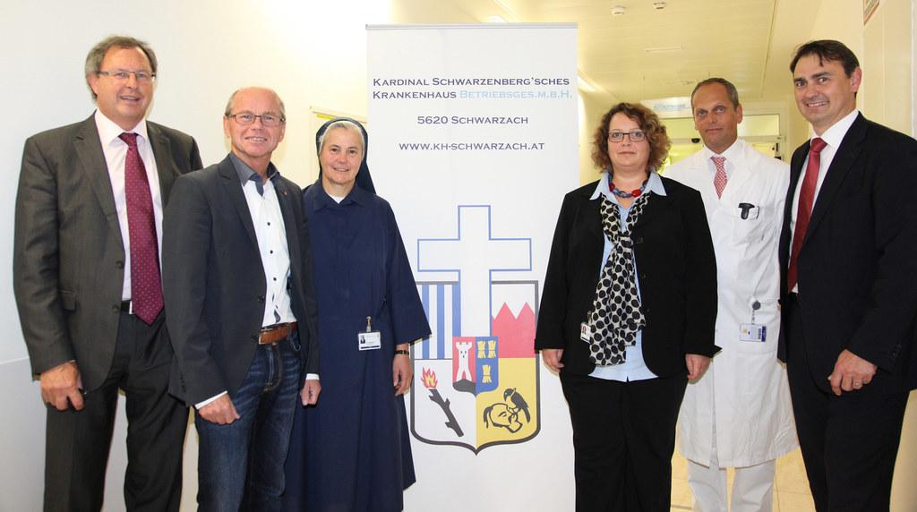 MBA Karl Obermaier, LH-Stv. Mag. Dr. Christian Stöckl, Schwester Katharina, Dipl..