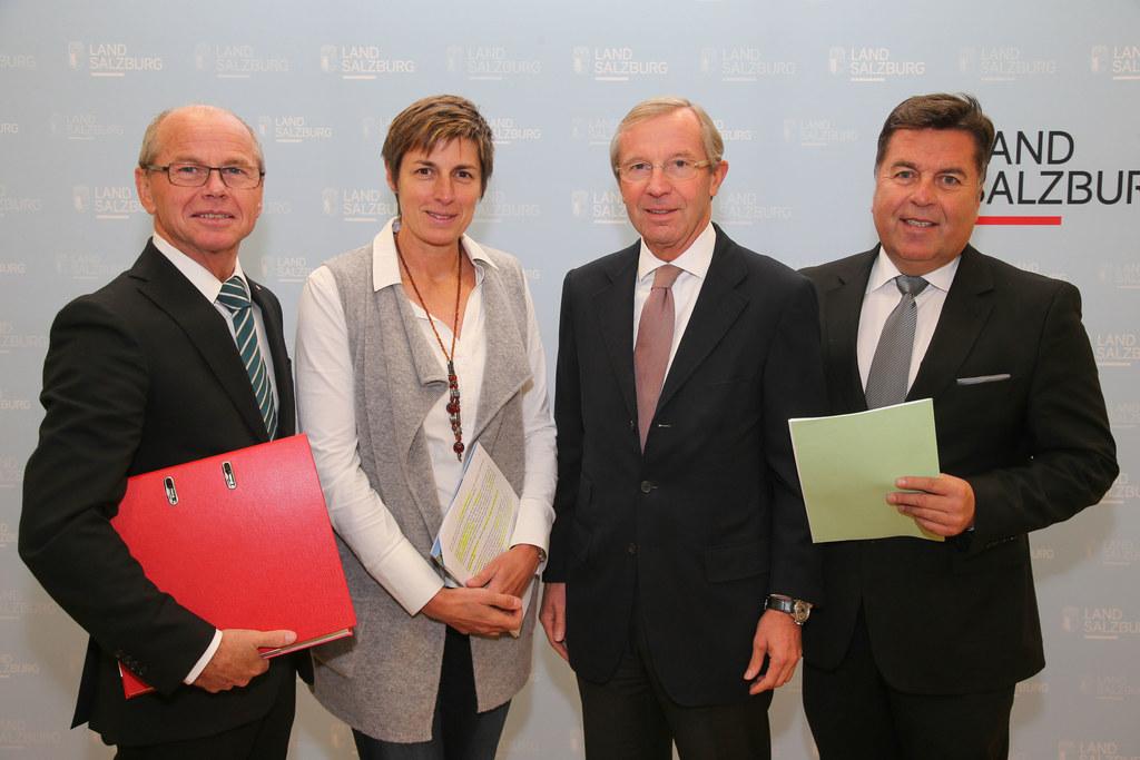 LH-Stv. Mag. Dr. Christian Stöckl, LH-Stv. Dr. Astrid Rössler, LH Dr. Wilfried H..