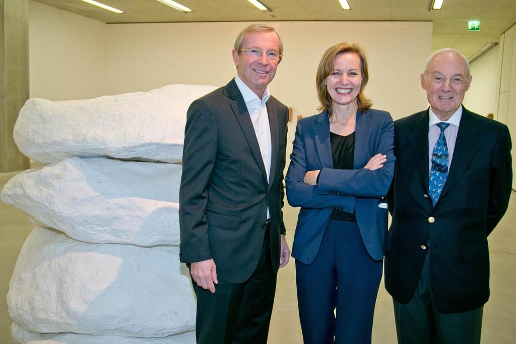 Landeshauptmann Dr. Wilfried Haslauer, Dr. Sabine Breitwieser, Direktorin Museum..