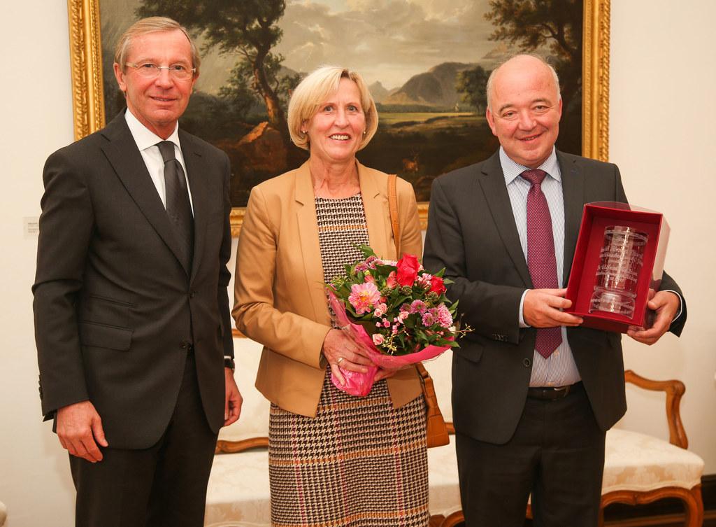 Landeshauptmann Dr. Wilfried Haslauer, Maria Steindl und KR Konrad Steindl