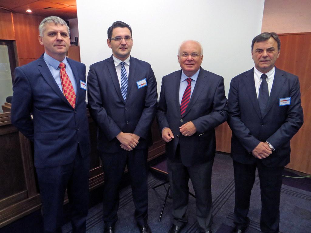 Anto Domić, Bürgermeister des Bezirks Brčko, Zlatan Klokić, Minister für Wirtsch..