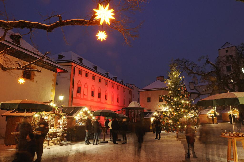 Romantische Adventmärkte auf Salzburgs Burgen und Schlössern