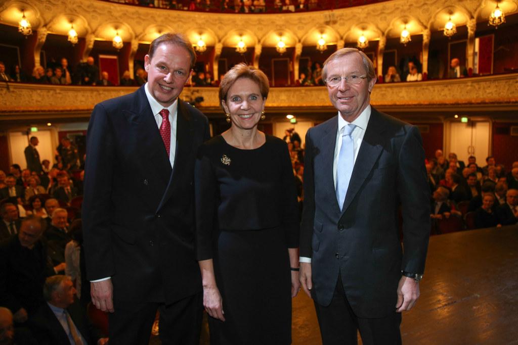 Carl Philip von Maldeghem, Landtagspräsidentin Brigitta Pallauf und Landeshauptm..