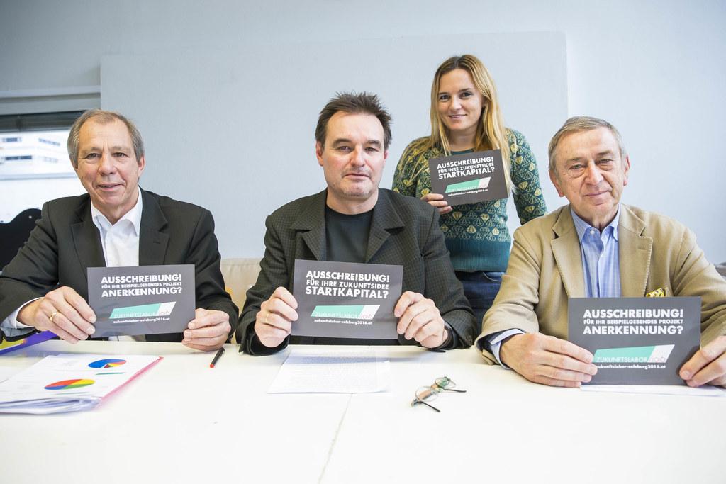 Klubobmann Cyriak Schwaighofer, Günther Marchner, Romy Sigl und Friedrich Urban