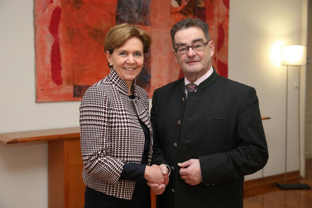Landtagspräsidentin Brigitta Pallauf und Bundesratspräsident Josef Saller