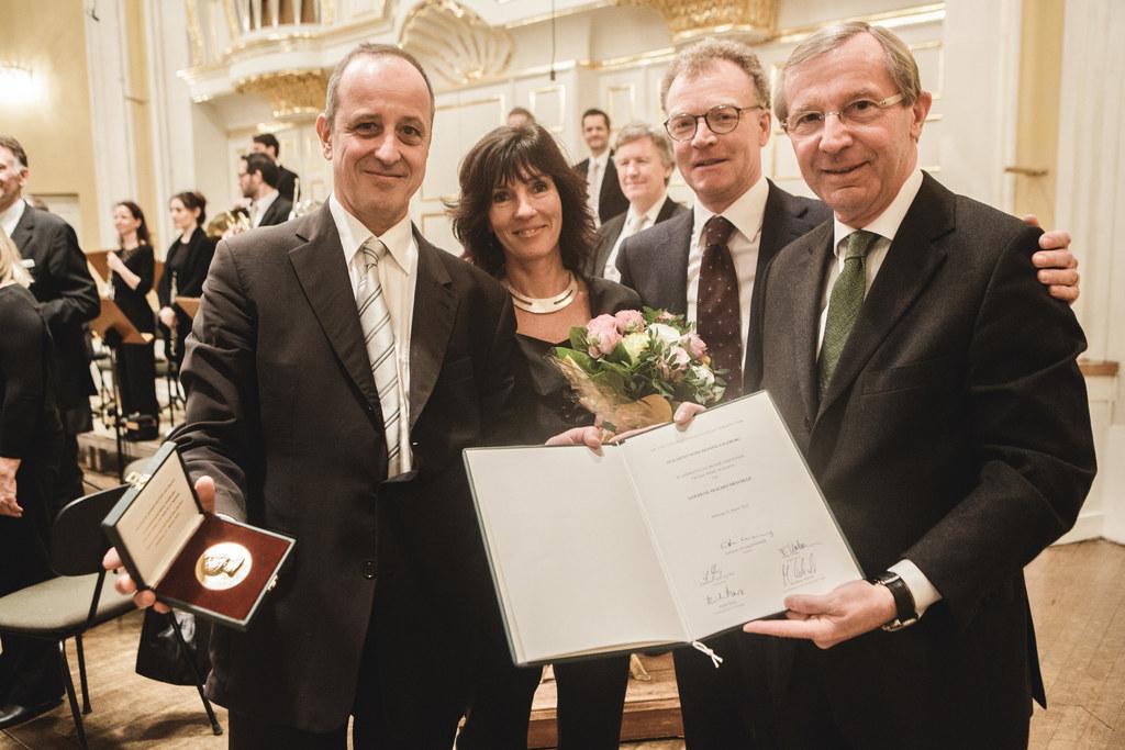 Markus Tomasi, Ingrid Hasse, Präsident der Stiftung Mozarteum Dr. Johannes Honsi..