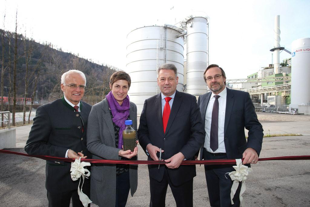 Schweighofer Fiber - in Hallein, neues Biogas-Werk wird in Betrieb genommen, im ..