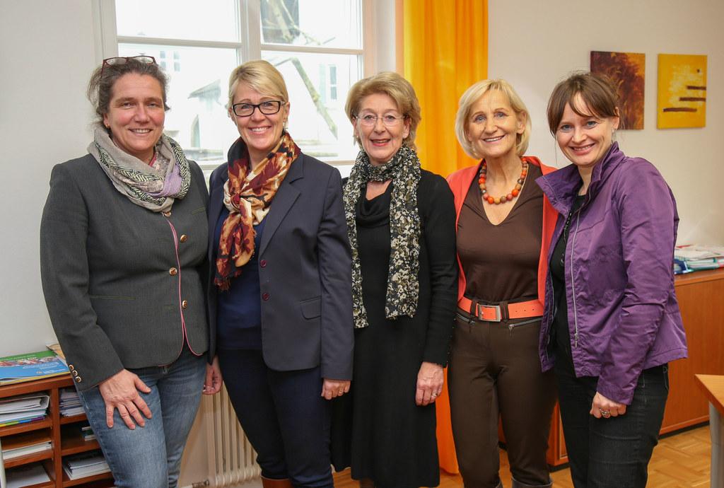 Die vier Bürgermeisterinnen des Landes Salzburg bei Landesrätin Martina Berthold..