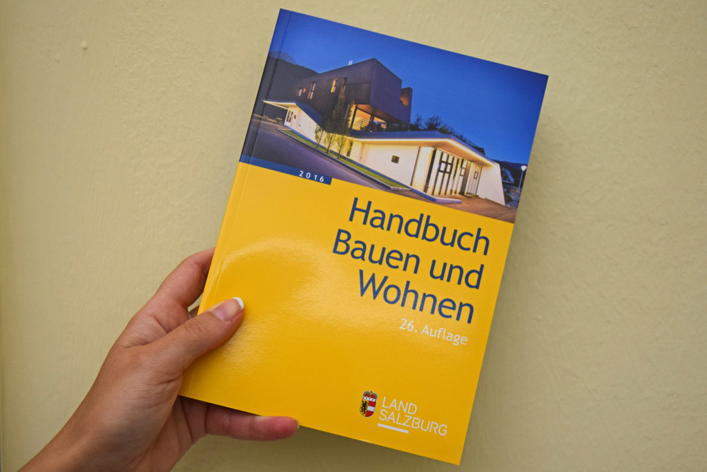 Neues Handbuch Bauen und Wohnen erschienen