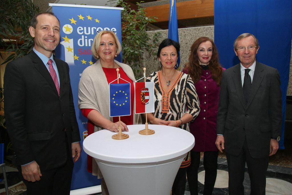 Jörg Wojahn, Claudia Schmidt, Gritlind Kettl, Michaela Petz-Michez und Landeshau..