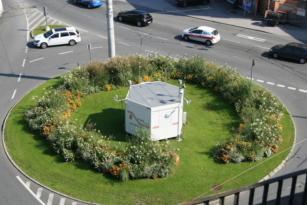 Die Luftgüte-Messstation des Landes auf dem Rudolfsplatz in Salzburg liefert wic..