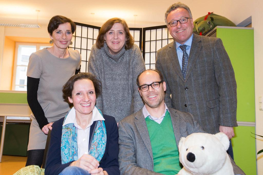 Andrea Holz-Dahrenstaedt, Sophie Zicky, Eva Mösenedre, Michael Zicky und Landesr..