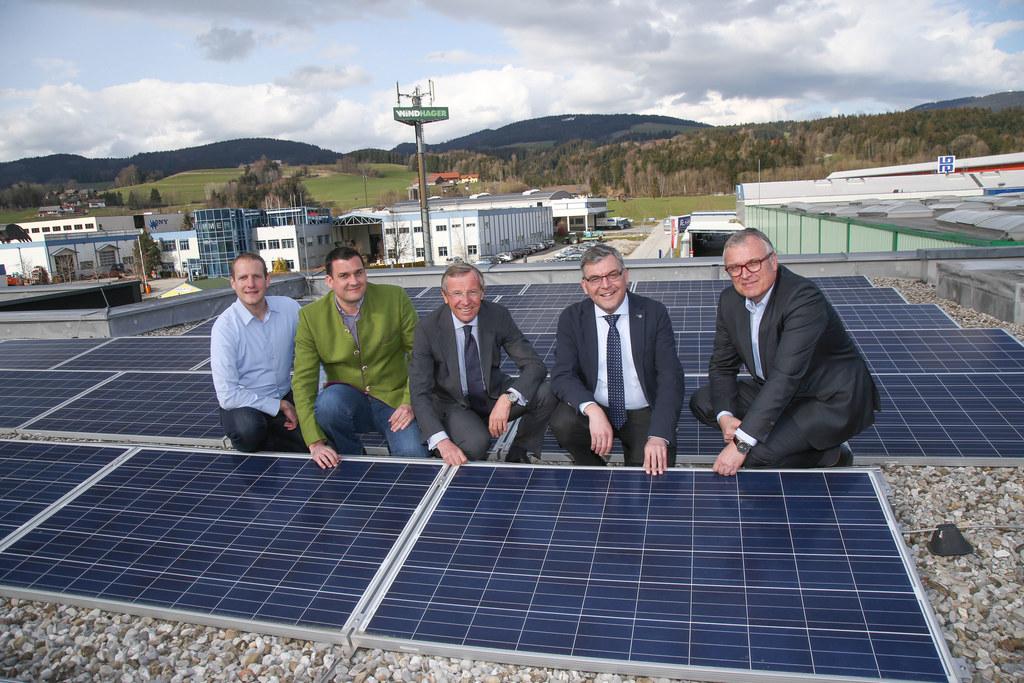 Stefan Windhager (Firmeninhaber), Anton Loschat (Fa. Luna Erneuerbare Energien),..