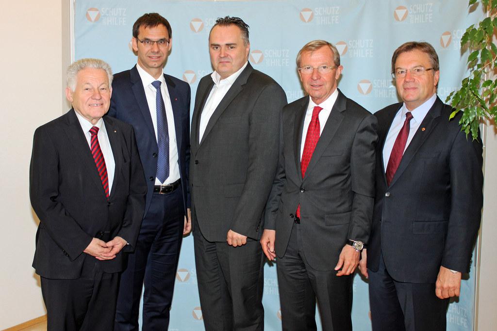 LH Josef Pühringer, LH Markus Wallner, Verteidigungsminister Hans Peter Doskozil..
