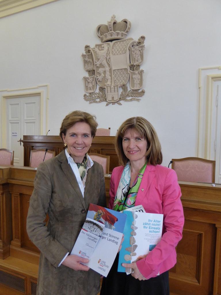 Landtagspräsidentin Brigitta Pallauf und Andrea Eder-Gitschthaler