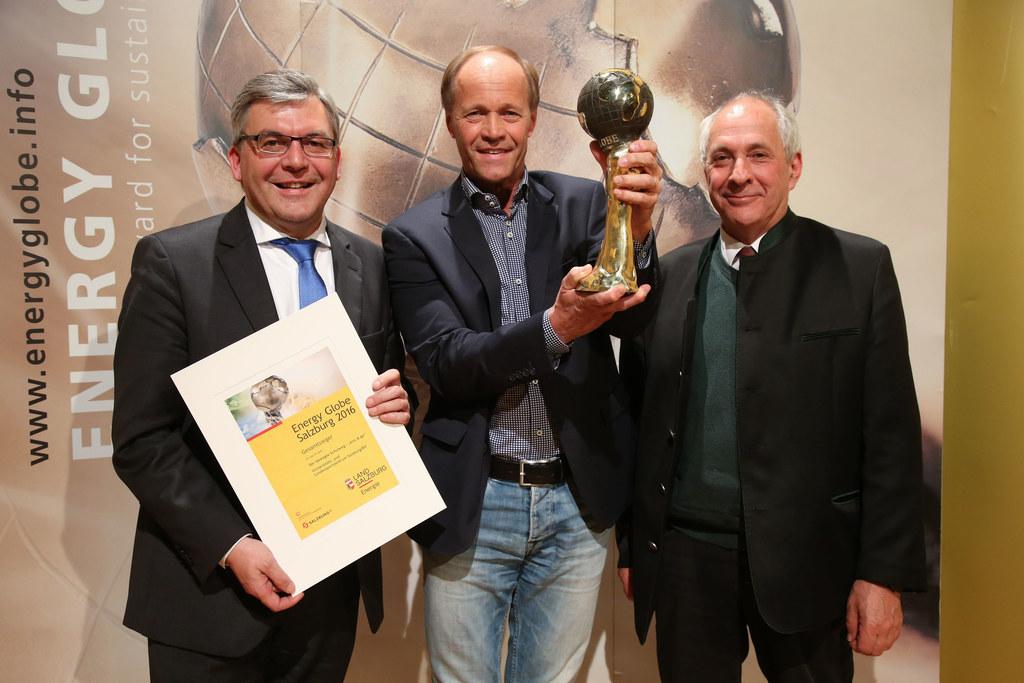 Josef Schwaiger, Wolfgang Becker Direktor Universitäts- und Landessportzentrum S..