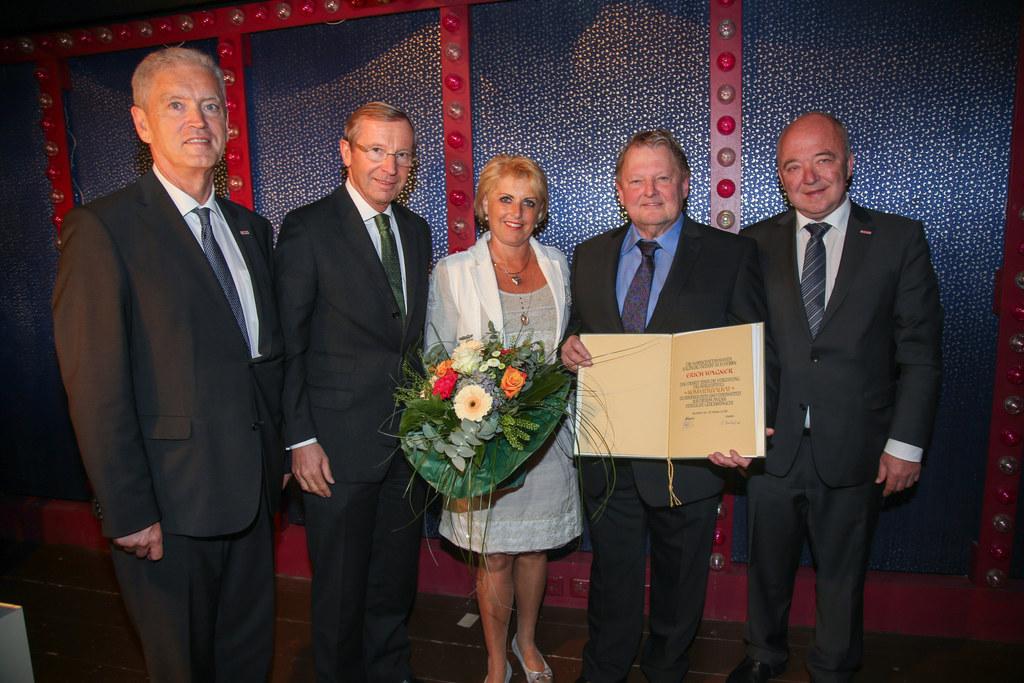 WKS Direktor Johann Bachleitner, LH Wilfried Haslauer, Sieglinde Wagner-Haigerer..