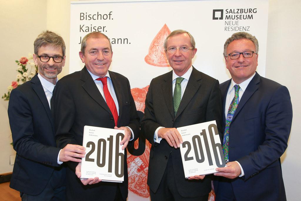 Martin Hochleitner Direktor Salzburg Museum, Bgm. Heinz Schaden, LH Wilfried Has..