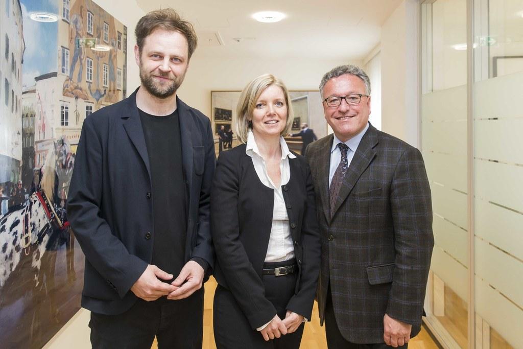 Thomas Philipp (Institut LIquA)  mit Eva Veichltbauer (Leiterin der Abteilung Ku..
