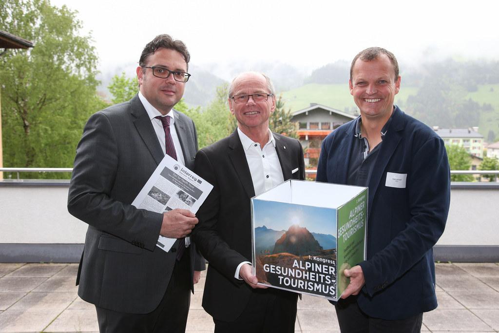 Walter Haas GF ITG, LH-Stv. Christian Stöckl und Arnulf Hartl PMU