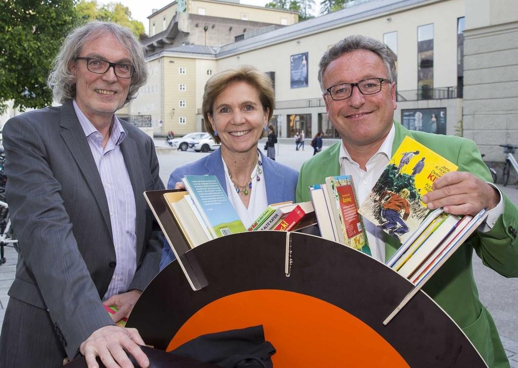Klaus Seufer Wasserthal, Landtagspräsidentin Brigitta Pallauf und Landesrat Hein..