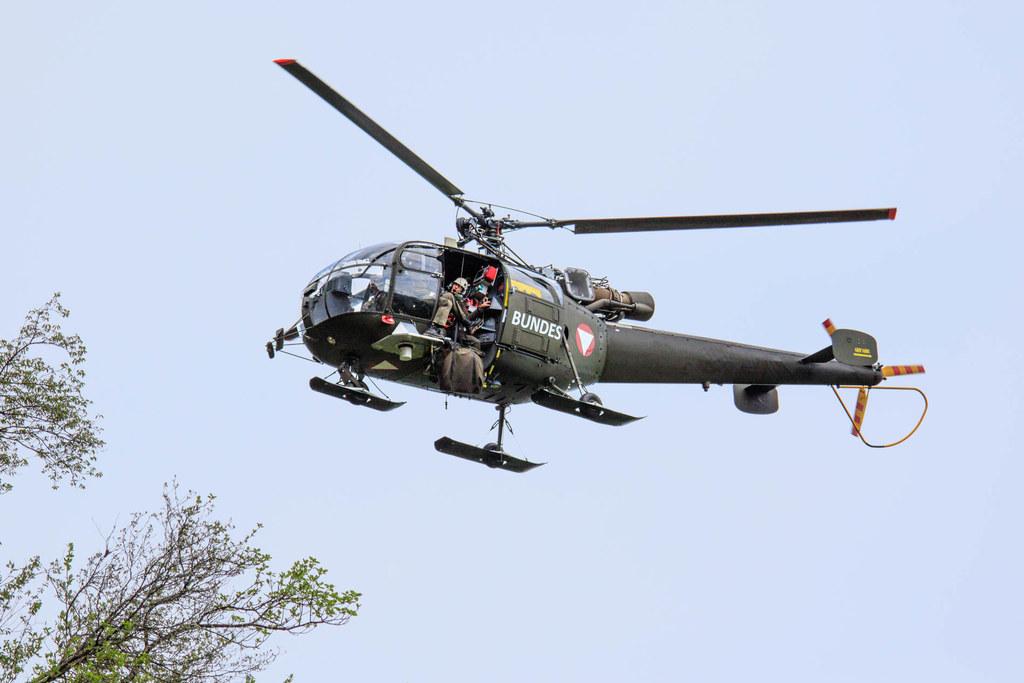 250 Soldaten und 15 Hubschrauber sind bei der Bundesheerübung in Adnet im Einsat..