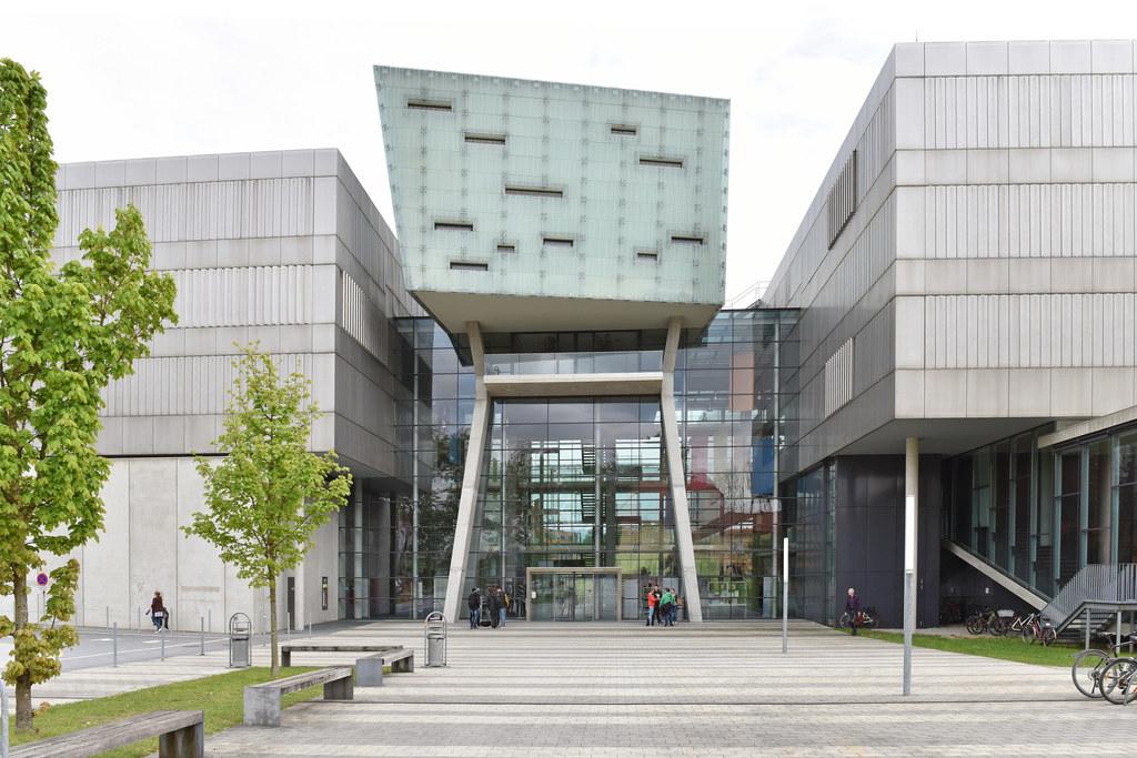 Für die FH Salzburg wurden 25 zusätzliche Ausbildungsplätze im Bereich digitale ..