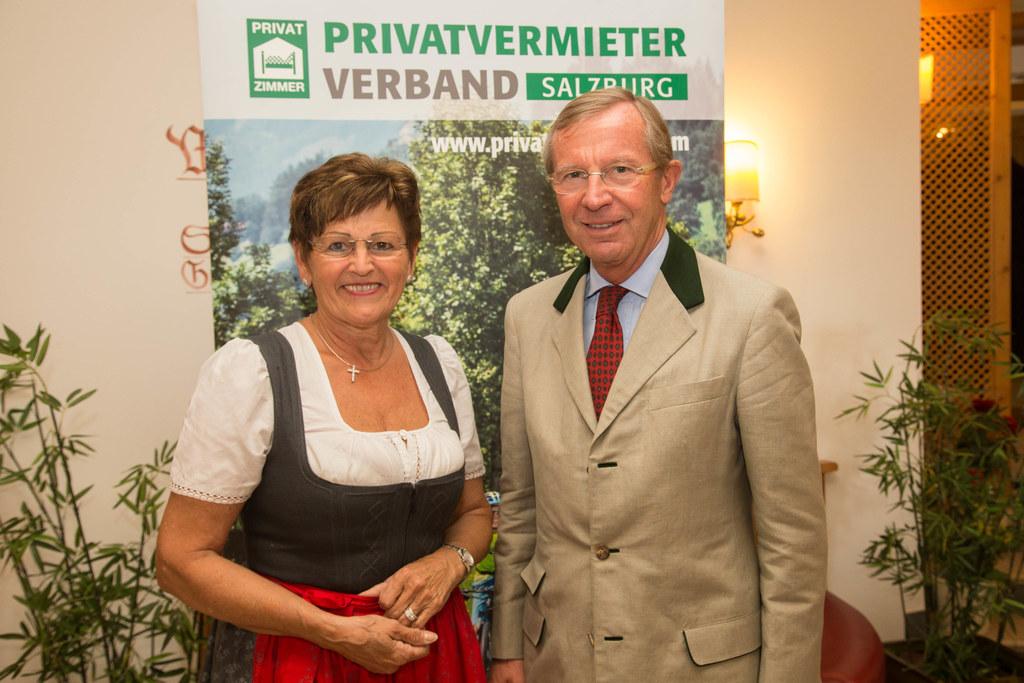 Ilse Haitzmann und Landeshauptmann Wilfried Haslauer