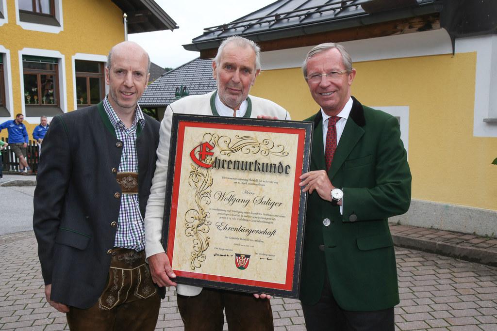 Bürgermeister Wolfgang Ganzenhuber, Wolfgang Saliger und LH Wilfried Haslauer