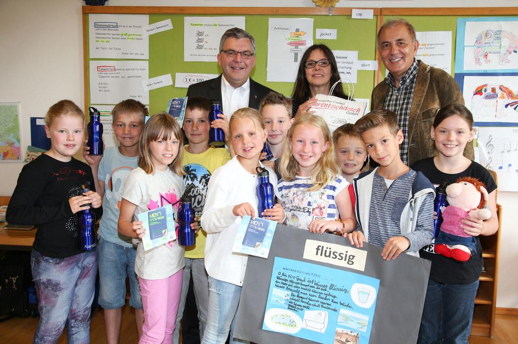 Landesrat Losef Schwaiger, Dir. Michaela Schwarz, Karl Lorentschitsch (Computer ..