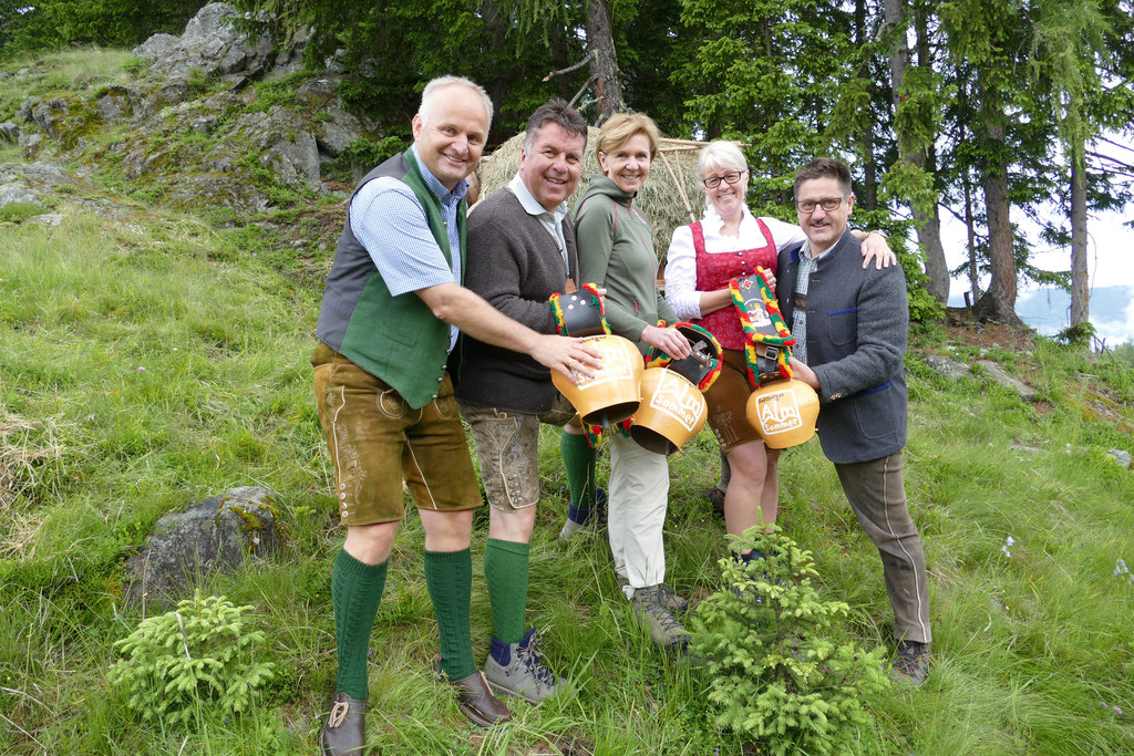 Almsommereröffnung 2016 Nationalpark Hohe Tauern – Kapelleralm Embach: vlnr: GF ..