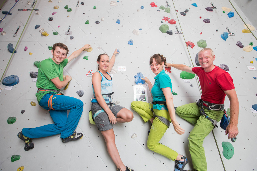 Eröffnung der Kletterhalle Felsenfest in Saalfelden, Andreas Baldinger, Christin..
