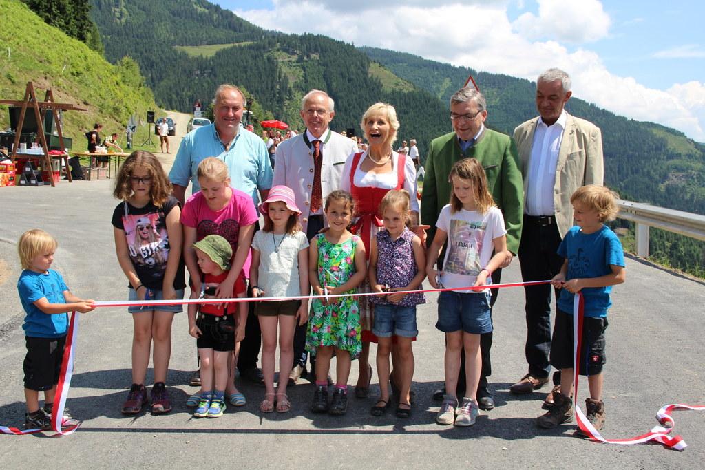 Eröffnung des neu errichteten Dürnbergwegs in der Gemeinde Stuhlfelden mit Bürge..