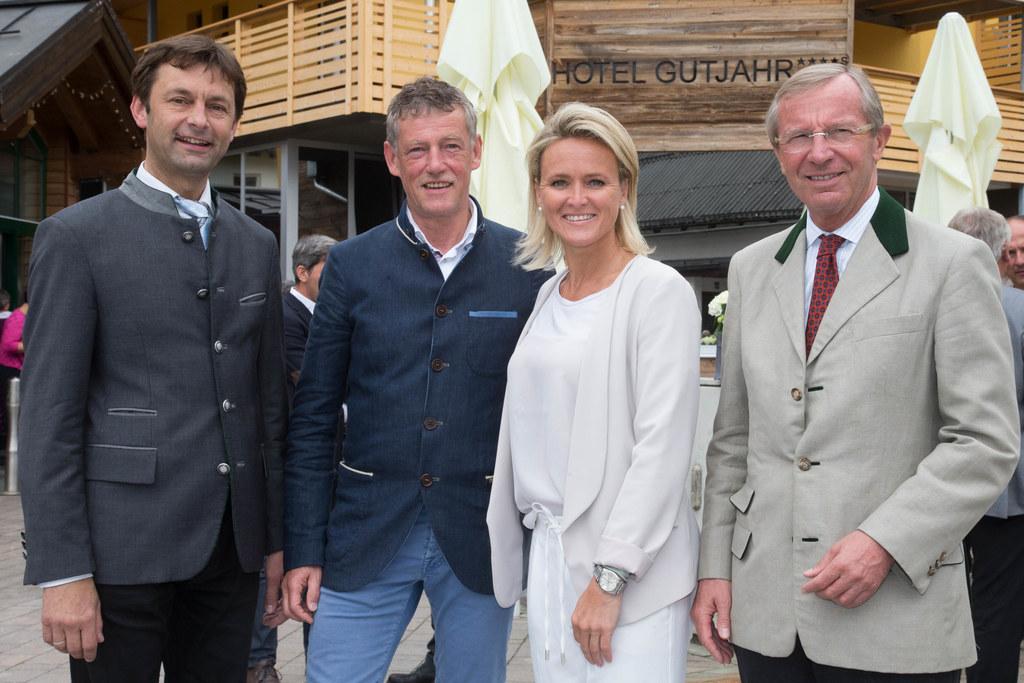 Bgm. Johann Schnitzhofer, Markus Gutjahr, Alexandra Meissnitzer und Landeshauptm..