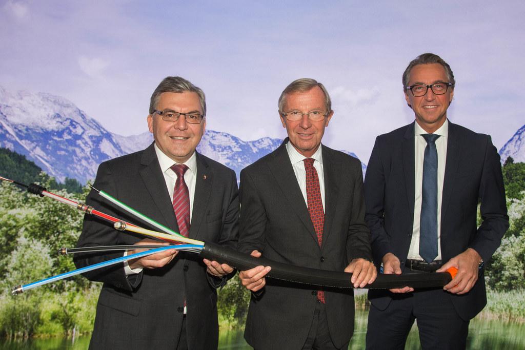 Landesrat Josef Schwaiger,  Landeshauptmann Wilfried Haslauer und Leonhard Schit..