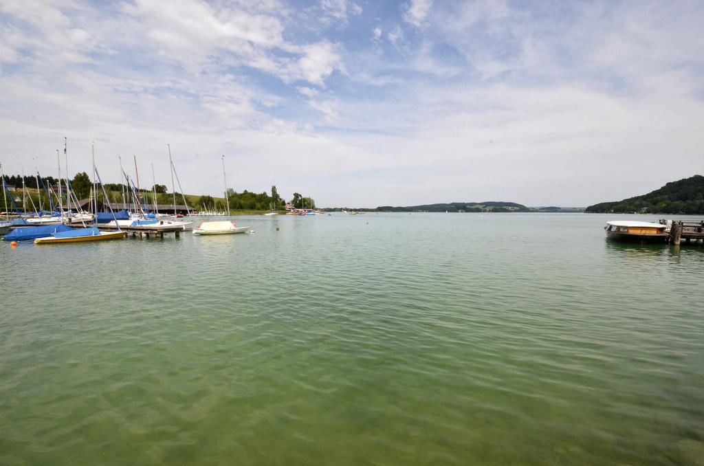 Mattsee ist mit seinem Gemeindegebiet auf zwei Seen Salzburgs feuchtester Ort.
