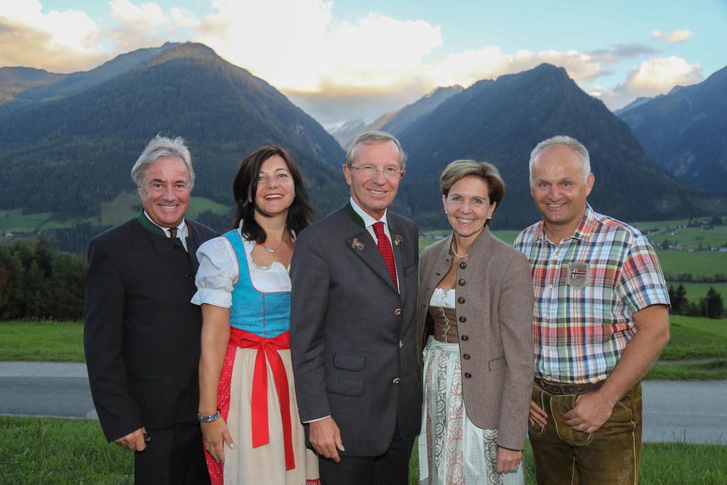 Bürgermeister Peter Nindl, Ingrid Maier-Schöppl (Geschäftsführerin Tourismusverb..