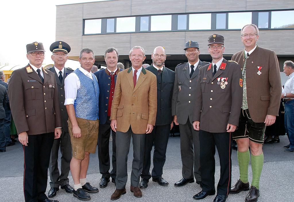 Landesfeuerwehrkommandant Stv. Hannes Pfeifenberger, Präsident des Roten Kreuz W..