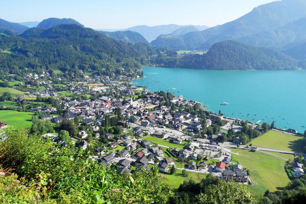 Egal ob Berge oder Seen - wie hier der Wolfgangsee: den Urlaubsgästen gefällt es..