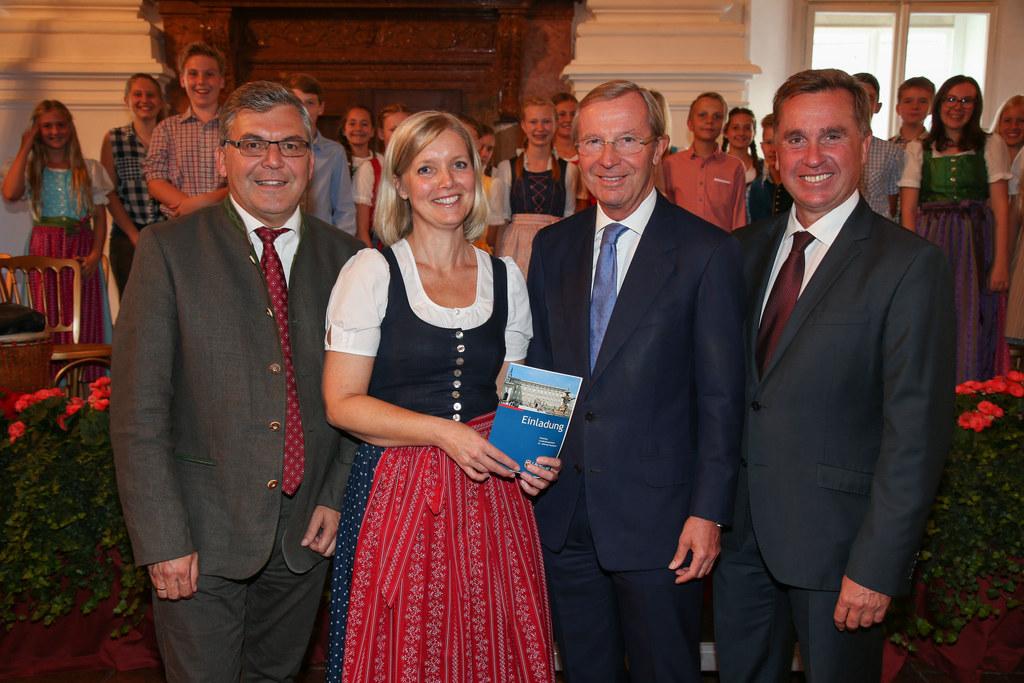 LR Josef Schwaiger, Eva Veichtlbauer Leiterin Abt. Kultur, Bildung u. Gesellscha..